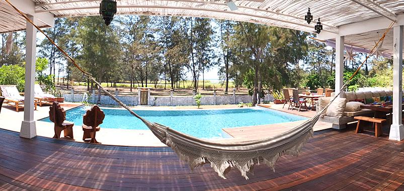 zambawood-pool